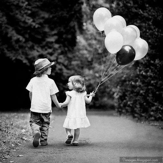 holding-hand-kids-little-couple-balloon-cute